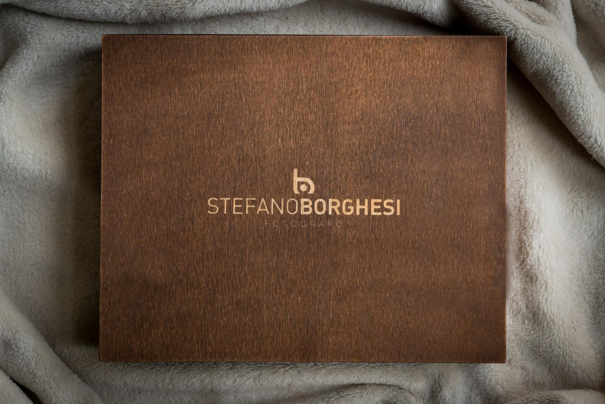 Stefano Borghesi Fotografo Matrimonio Bergamo Milano Varese Brescia Monza Verona Novara Lodi Wood Box